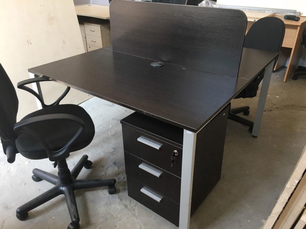 стол офисный венге два места
